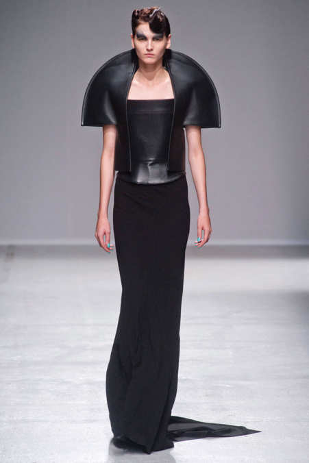 Photo 14 from Gareth Pugh