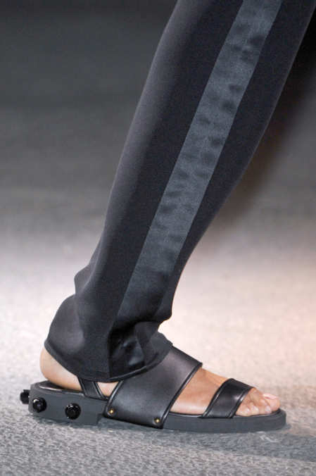 Detail Photo 6 from Givenchy