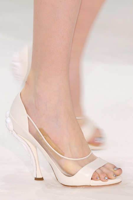 Detail Photo 1 from Nina Ricci