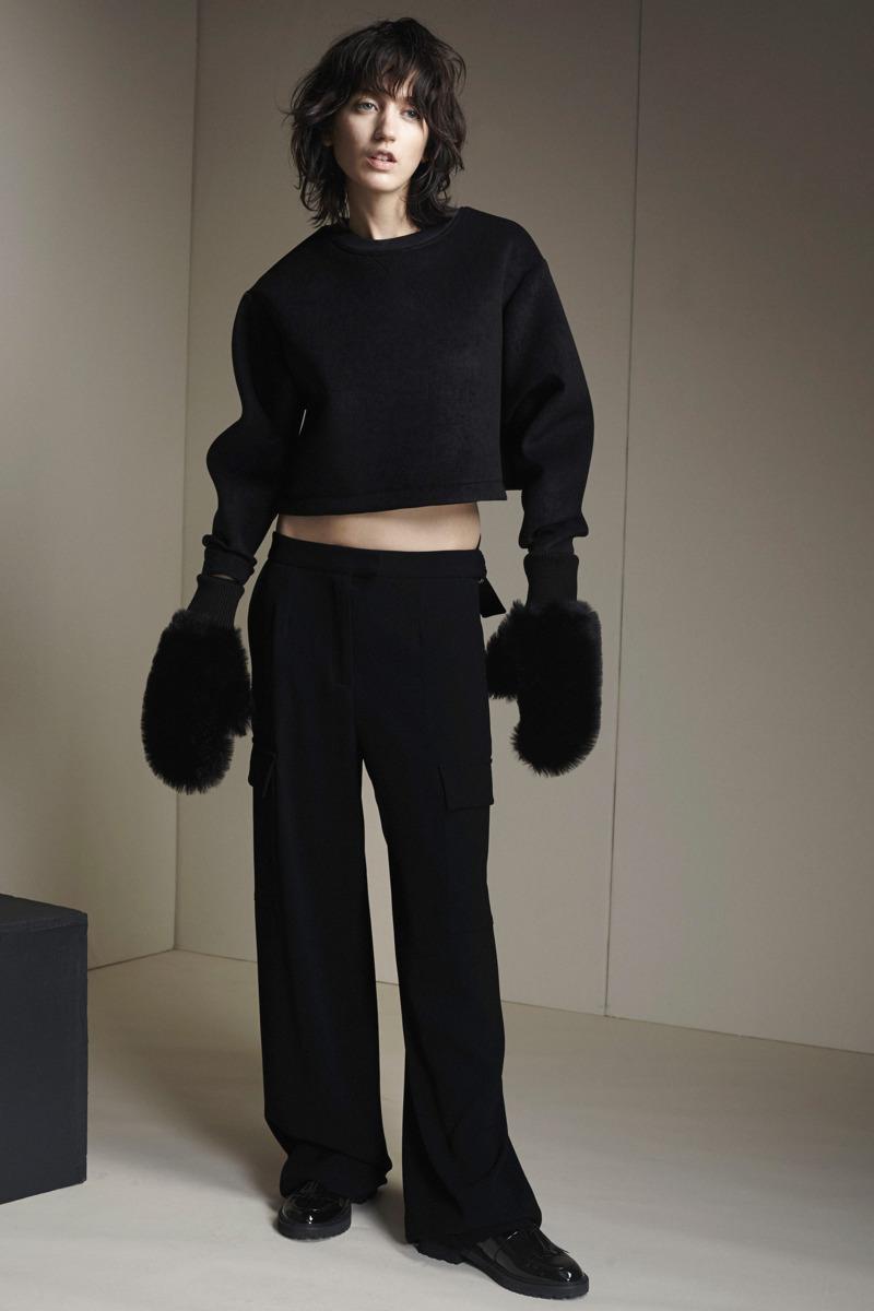 Zoe Jordan Fashion Designer