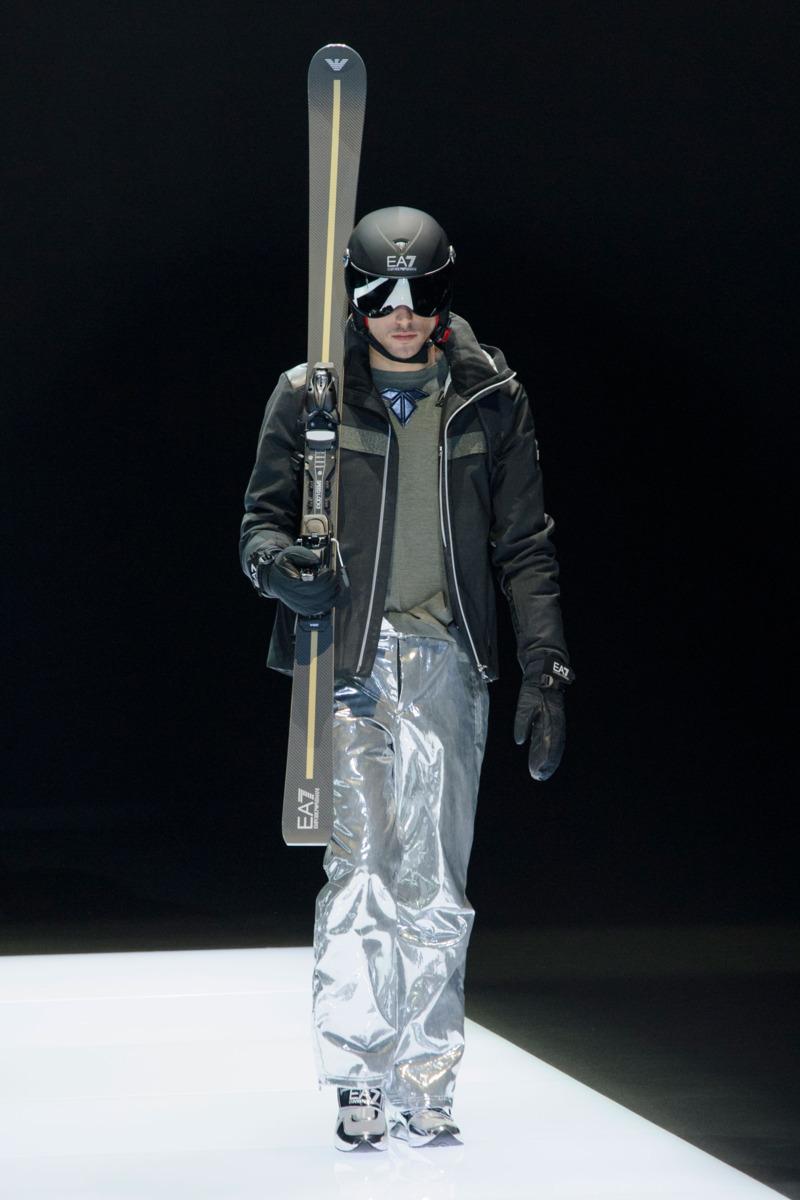 Emporio Armani - Fall 2016 Menswear - The Cut Giorgio Armani Figurines