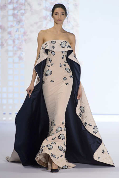 ralph russo spring 2016 couture the cut. Black Bedroom Furniture Sets. Home Design Ideas