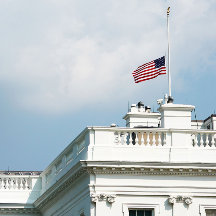 White House Lowers Flag Back To Half Staff For Mccain After Day Of Outrage