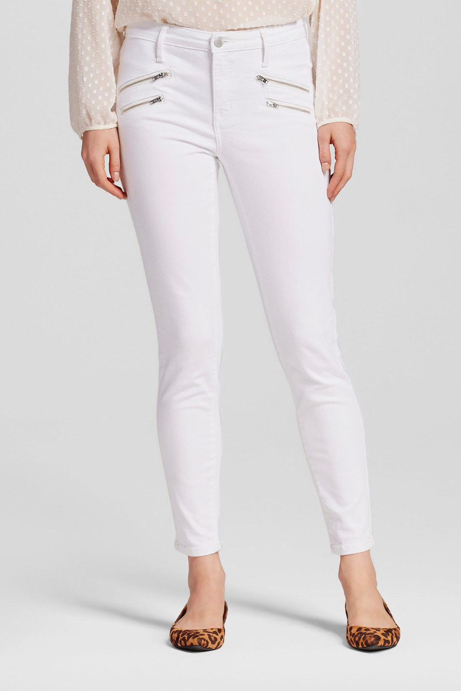 The Best White Jeans For Standing Out Year-Round forecast