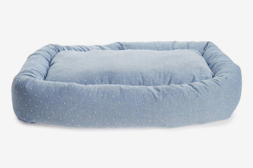 Waggo Woven Dot Snuggler Dog Bed