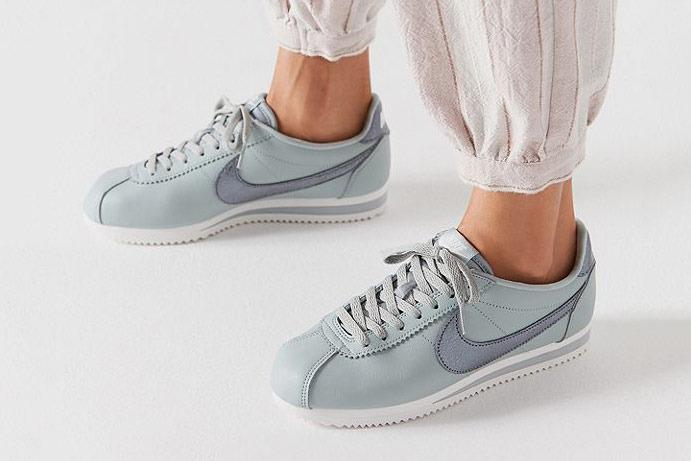 Nike Classic Cortez Premium Sneaker