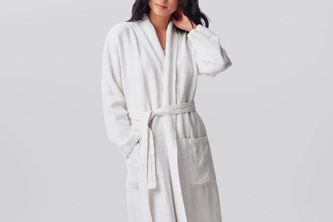 Coyuchi Women's Relaxed Linen Robe