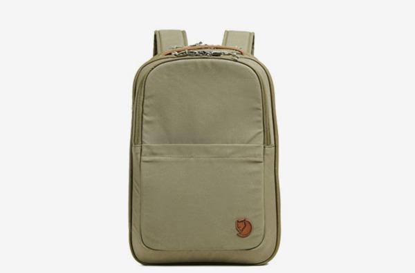Fjällräven Travel Pack Small Bag in Green