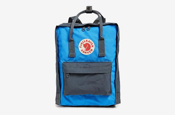 Fjällräven Kanken Backpack in Graphite/UN Blue