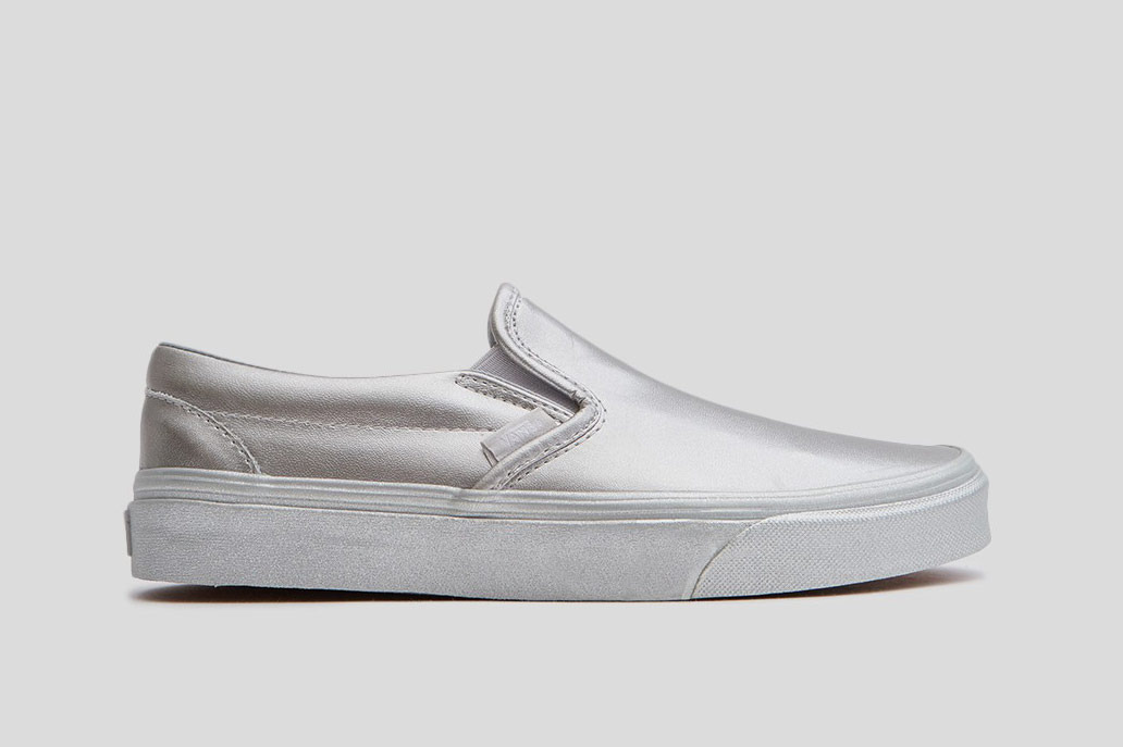 Vans Classic Slip On in Silver Leather