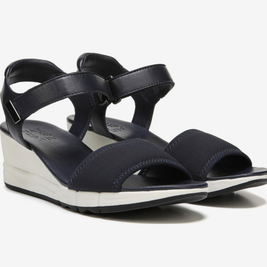 7d81f4d99dc I Found the 10 Best Wedge Sandals for Wide Feet
