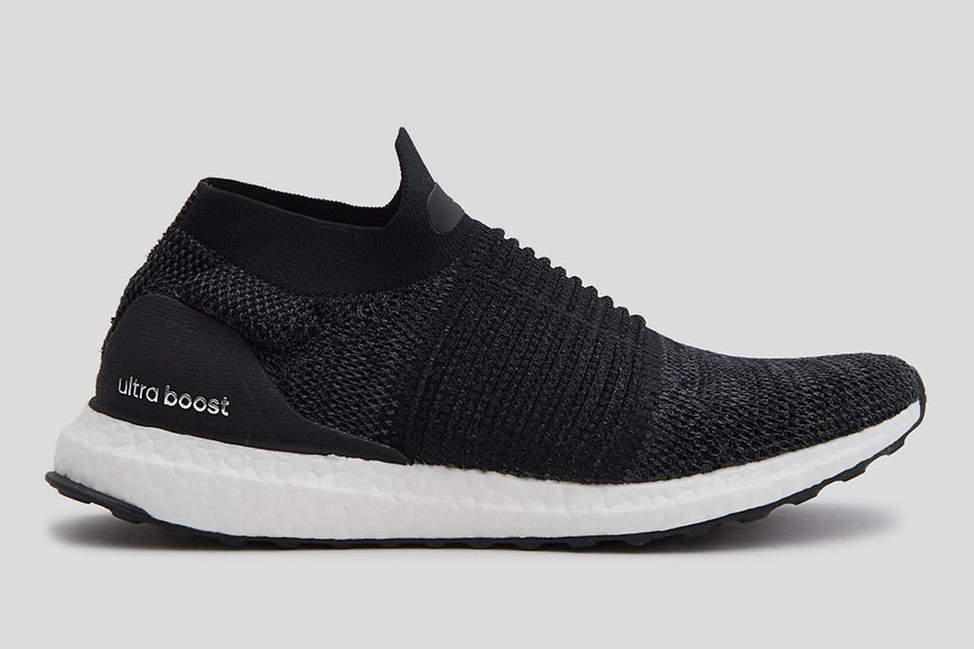 Adidas UltraBOOST Laceless in Black for Women