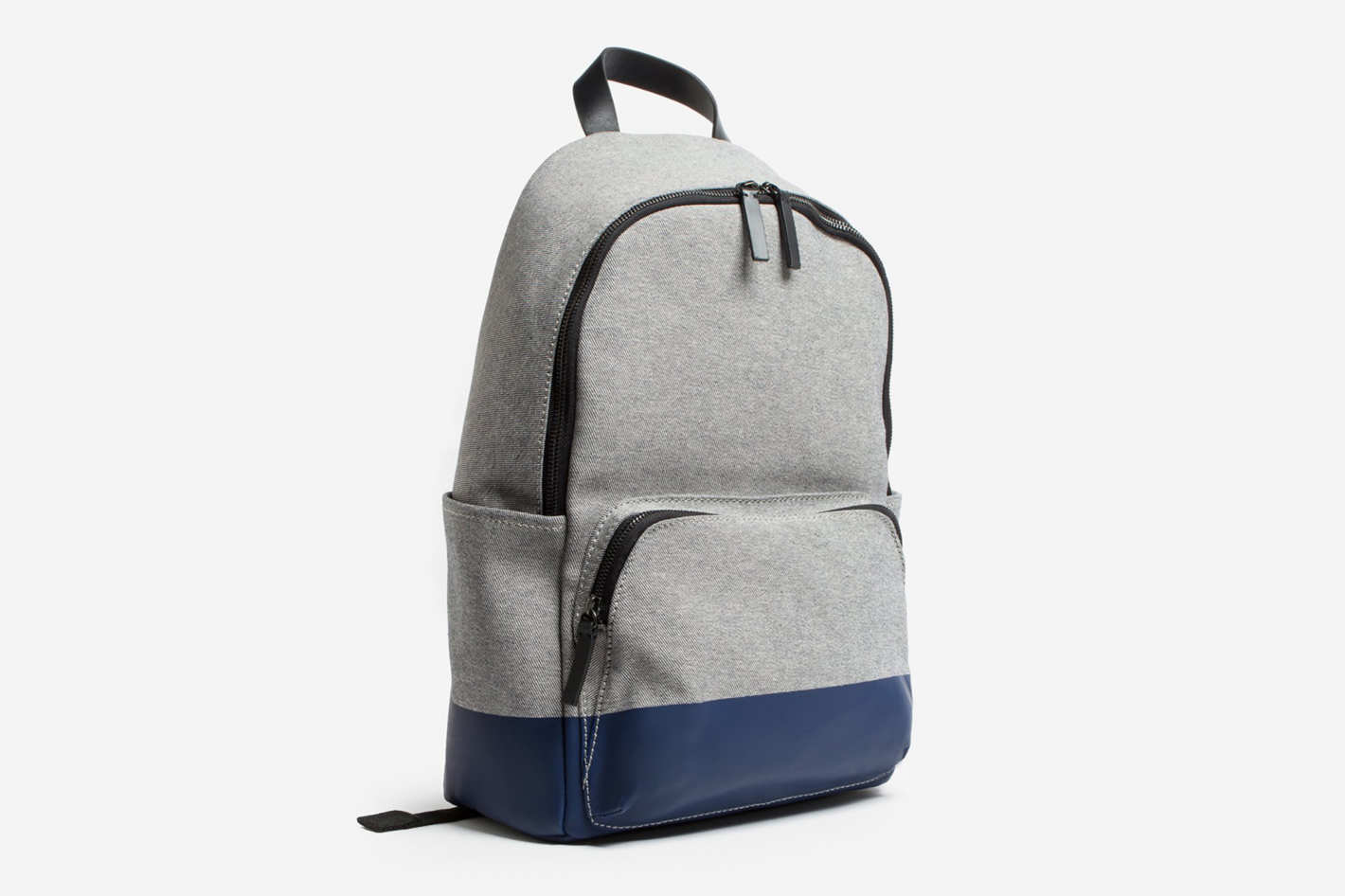 Everlane Modern Zip Backpack in Reverse Denim/Dipped Navy