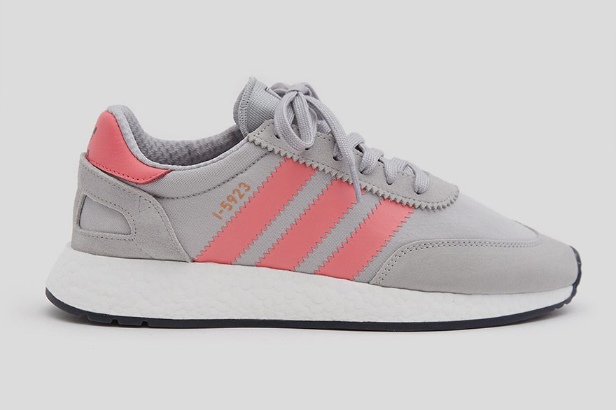 Adidas Iniki Runner in Light Gray