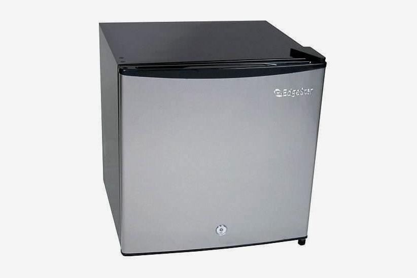EdgeStar 1.1 Cubic Feet Convertible Refrigerator or Freezer With Lock