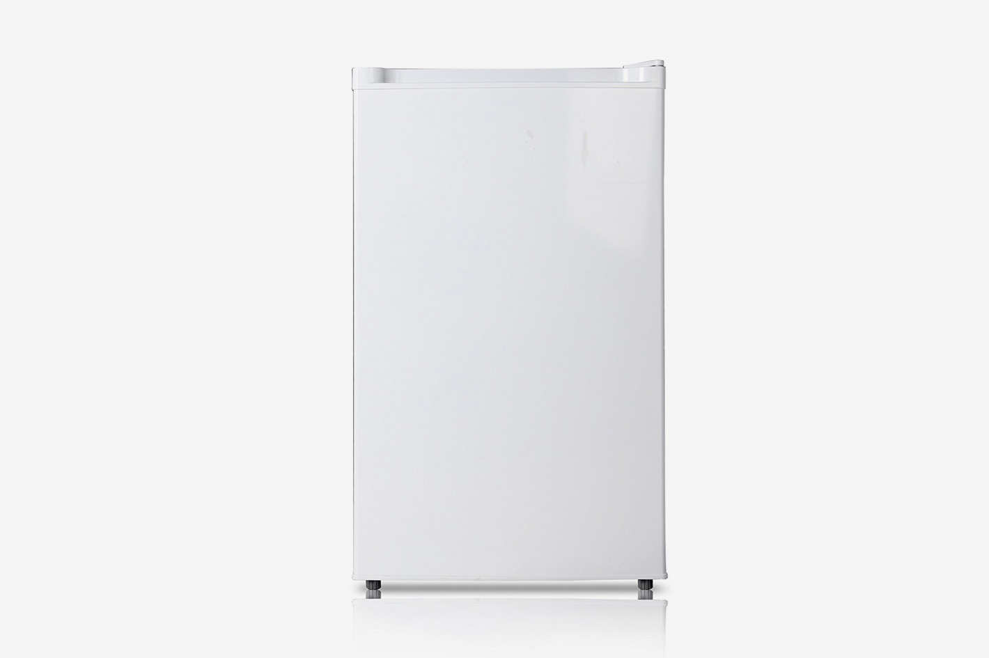 Midea 3.0 Cubic Fee Compact Single Reversible Door Upright Freezer