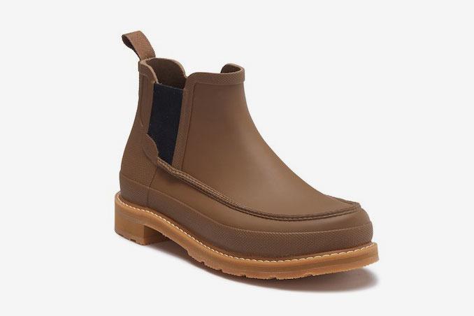 Hunter Lightweight Moc-Toe Chelsea Boot
