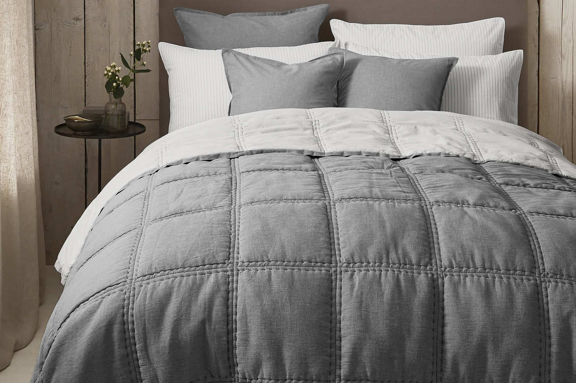 The White Company Clevedon Brushed Quilt