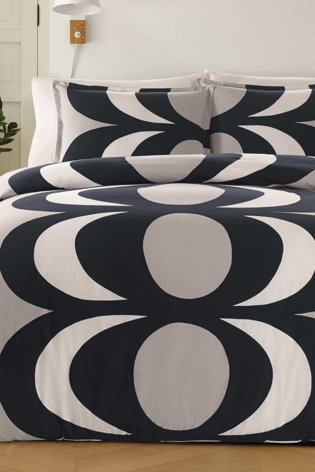 Marimekko Kaivo Comforter & Sham Set