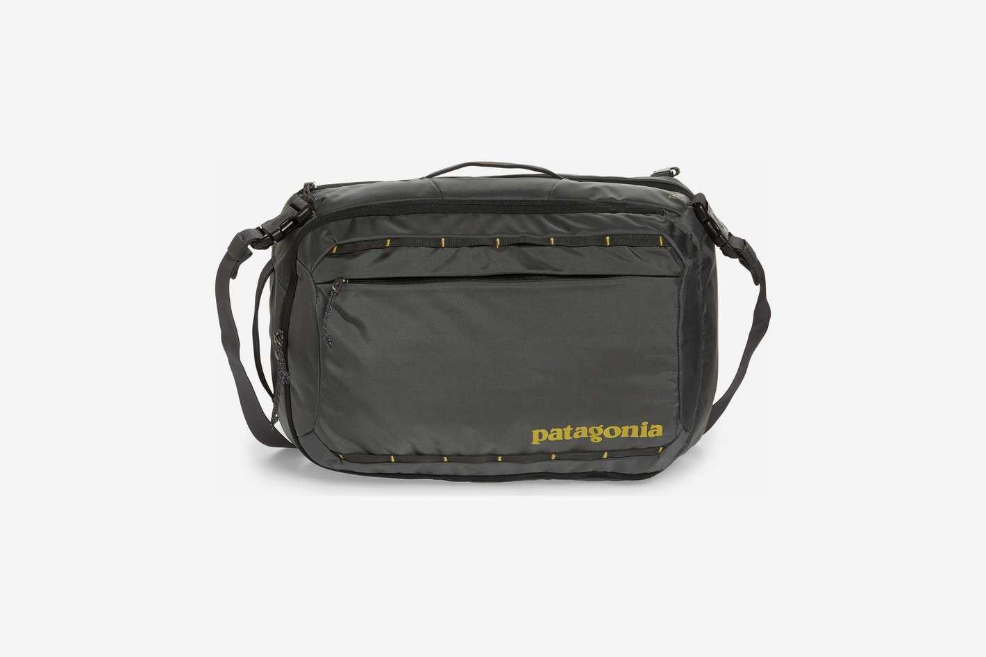 Patagonia Tres 25-Liter Convertible Backpack