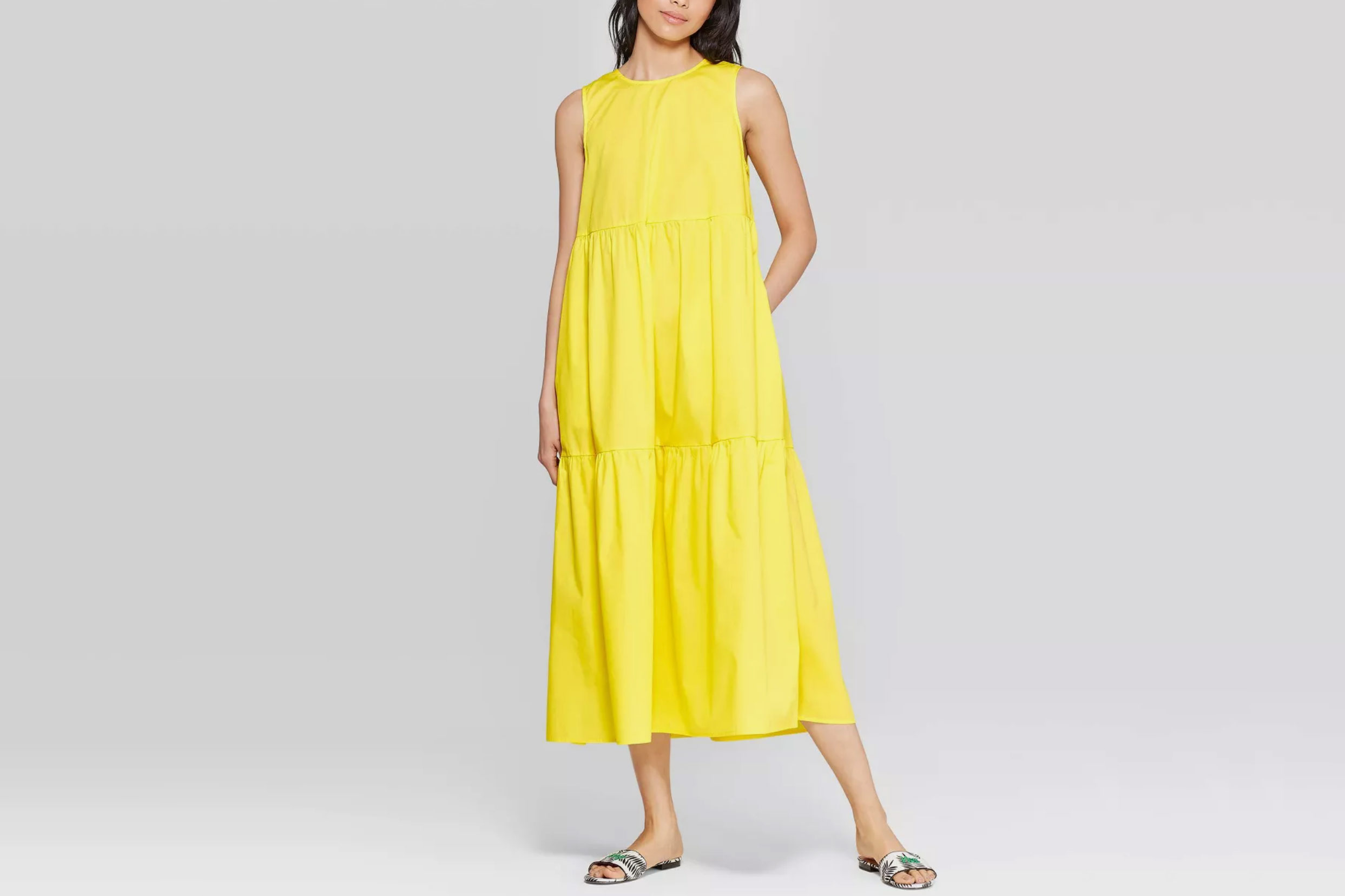 Who What Wear Women's Sleeveless Crewneck Tiered Maxi Dress