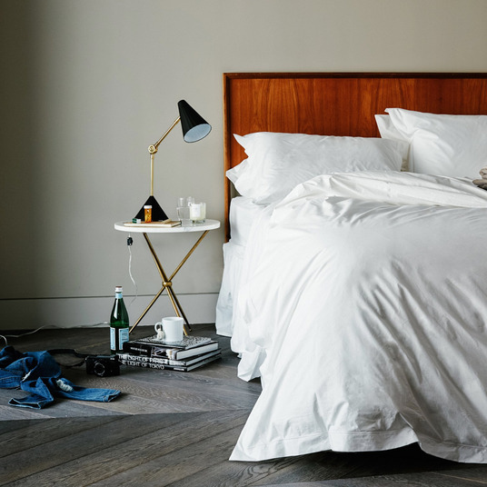 The 11 Best Cooling Sheets For Sweaty Sleepers 2018