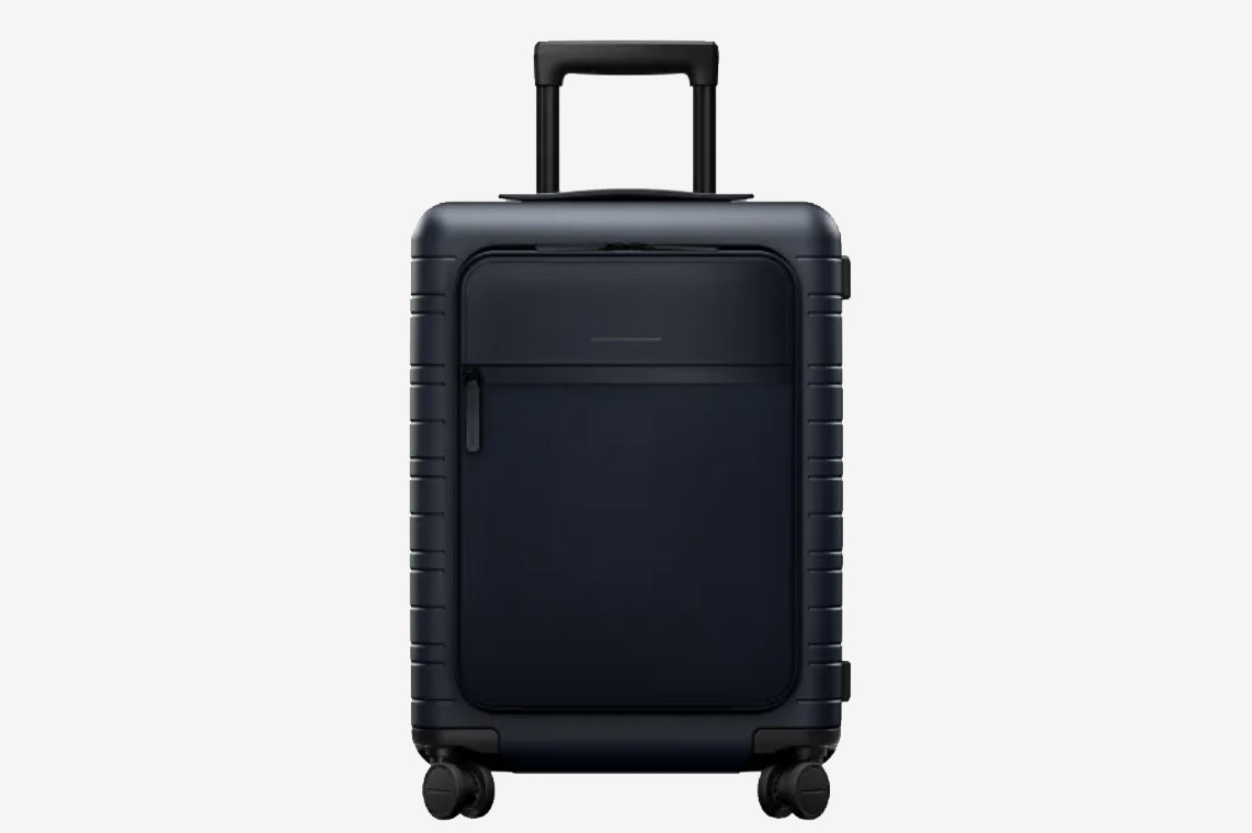 00d147eb2472 26 Best Rolling Luggage 2019