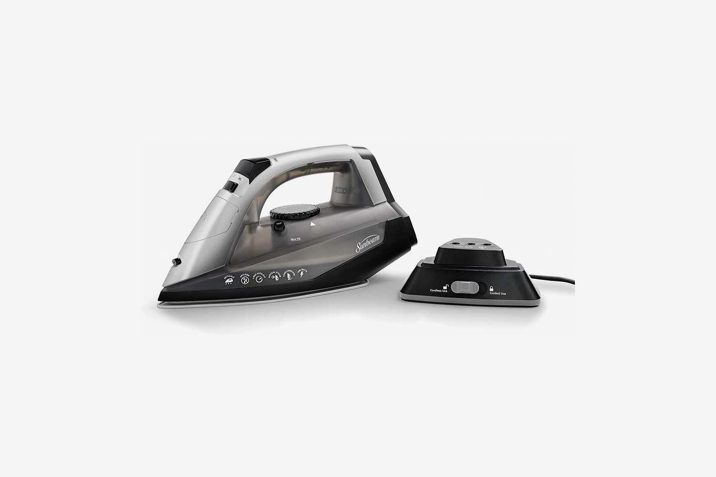 Sunbeam Cordless or Corded Iron GCSBNC-200