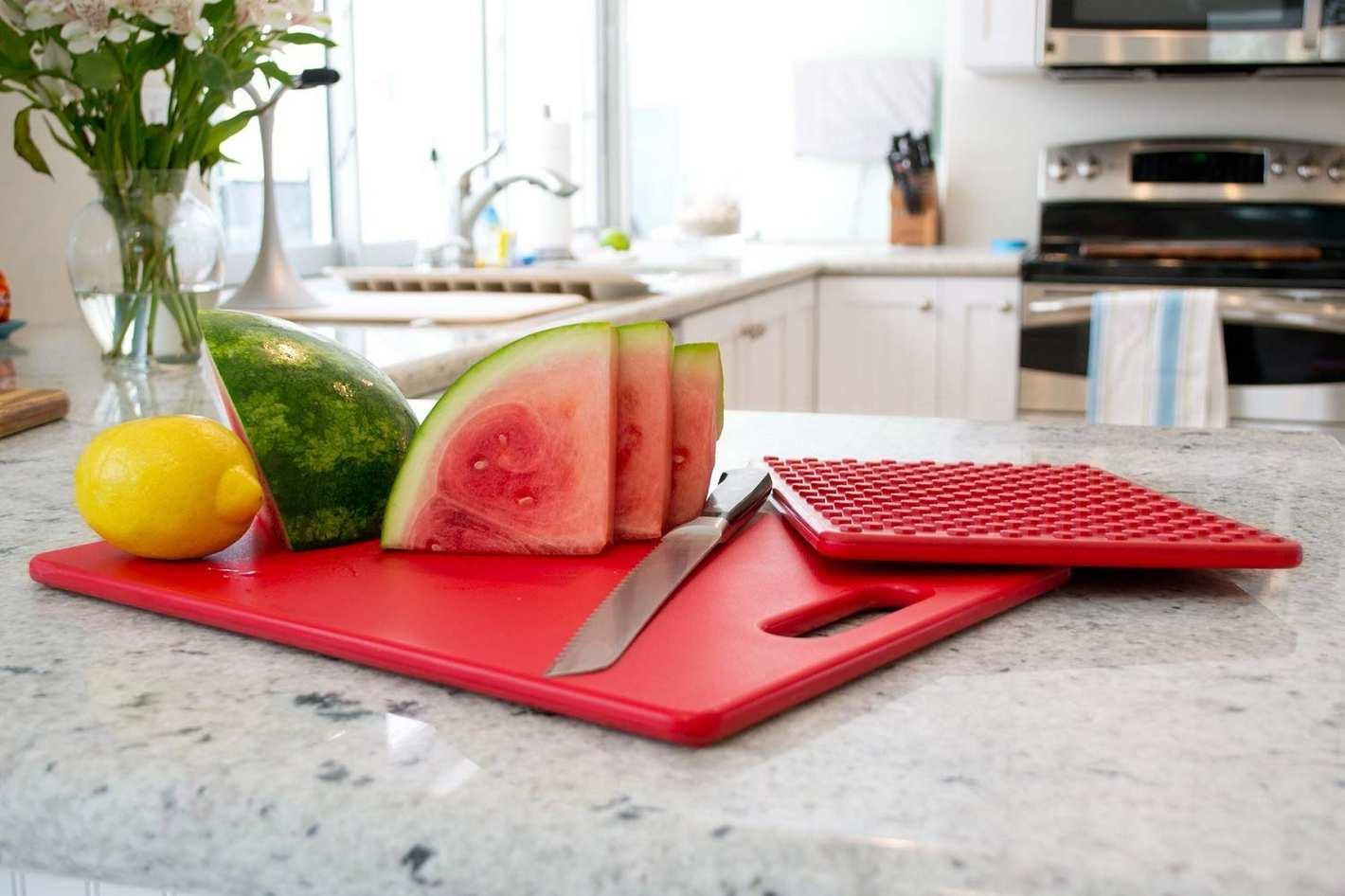 """Architec Original Non-Slip Gripper Cutting Board, 5"""" x 7"""""""