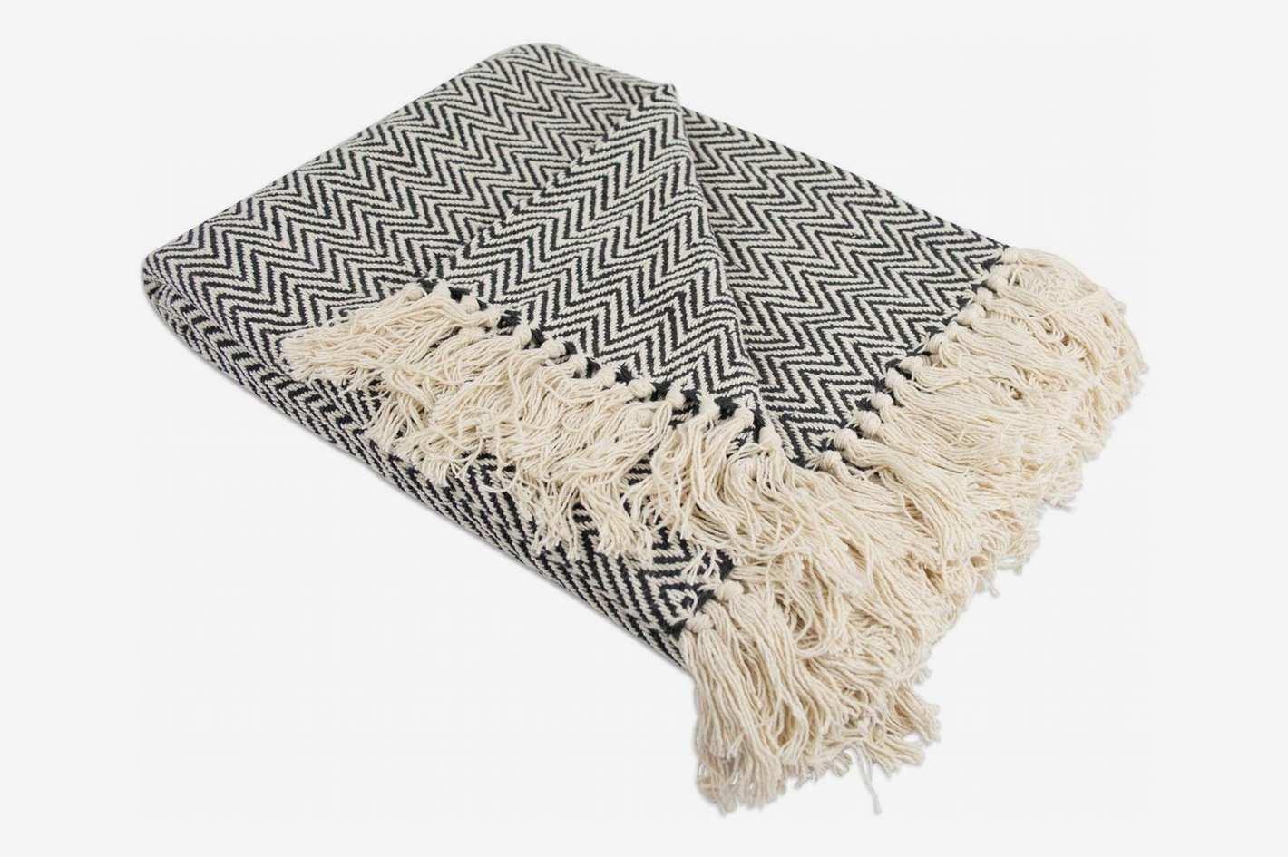 DII Rustic Farmhouse Cotton Chevron Blanket Throw with Fringe