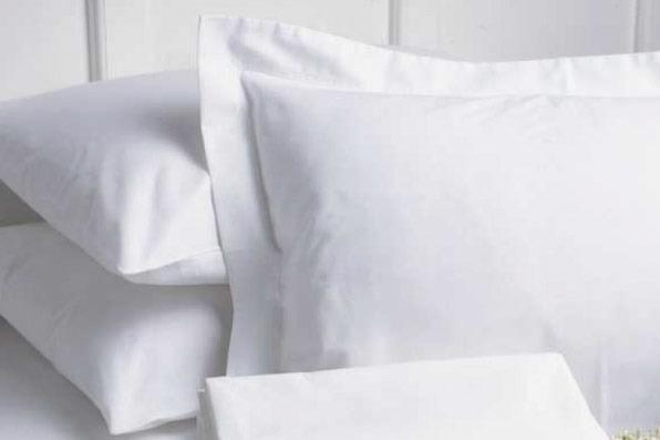Garnier-Thiebaut Nice Queen Sheet Set