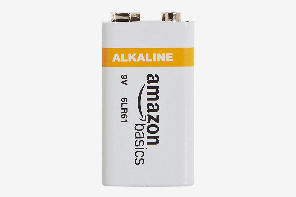 AmazonBasics 9 Volt Alkaline Battery - Pack of 8