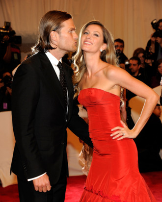 Tom and Gisele.