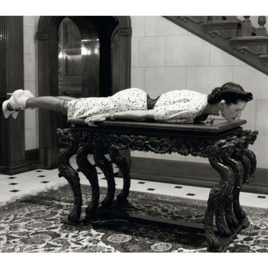 Stella Tennant in Italian <em>Vogue</em>.