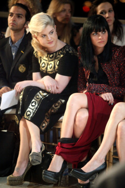 Kelly Osbourne and Leigh Lezark, wearing some pretty interesting genie pants.