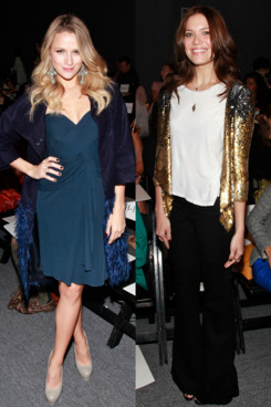 Shantel VanSanten went for a dress while Mandy Moore stuck to a plain white T-shirt and black pants.