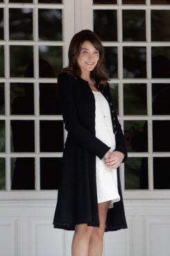 Pregnant Carla Bruni.