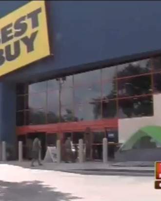 Shoppers already camping outside of Best Buy in Florida, where it's not cold.
