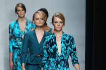 Looks from an Ungaro runway show.