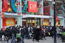 "LONDON, UNITED KINGDOM - DECEMBER 26: Eager shoppers descend on stores on Oxford Street for the Boxing Day sales on December 26, 2011 in London, England. Dubbed ""Mega Monday"" as an anticipated 700,000 international and domestic shoppers flood into the Oxford Street area of London's West End, in the first three hours of trading GBP£15 million had reportedly already rung through the tills, with retailers optimistic to reach GBP£50 million by close of day.  (Photo by Stuart Wilson/Getty Images for New West End Company)"