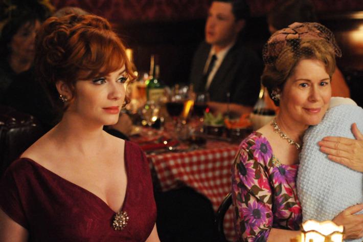 Joan Harris (Christina Hendricks) and Gail Holloway (Christine Estabrook) - Mad Men - Season 5, Episode 4