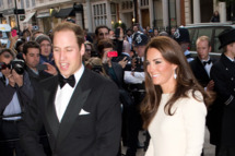 LONDON - MAY 8:  Catherine, Duchess of Cambridge and Prince William, Duke of Cambridge arrive for a dinner hosted by The Thirty Club at Claridges on May 8, 2012 in London, England. (Photo by Samir Hussein/WireImage)