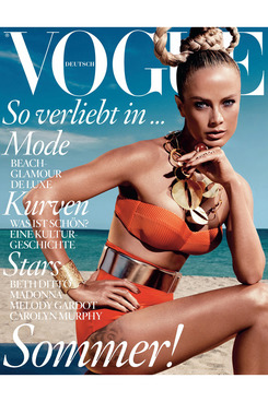 Carolyn Murphy for German <em>Vogue</em>.