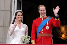 LONDON, ENGLAND - APRIL 29: Their Royal Highnesses Prince William, Duke of Cambridge and Catherine, Duchess of Cambridge wave on the balcony at Buckingham Palace during the Royal Wedding of Prince William to Catherine Middleton on April 29, 2011 in London, England. The marriage of the second in line to the British throne was led by the Archbishop of Canterbury and was attended by 1900 guests, including foreign Royal family members and heads of state. Thousands of well-wishers from around the world have also flocked to London to witness the spectacle and pageantry of the Royal Wedding. (Photo by John Stillwell-WPA Pool/Getty Images) *** Local Caption *** Catherine, Duchess of Cambridge;Prince William, Duke of Cambridge;