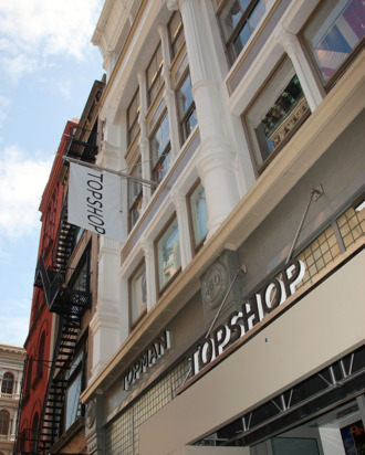 NEW YORK - APRIL 02: Overview of the exterior of TOPSHOP TOPMAN on April 2, 2009 in New York City. (Photo by Andrew H. Walker/Getty Images)