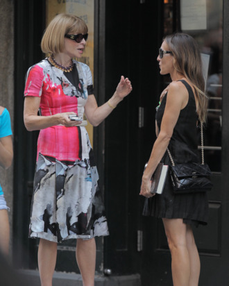 Anna Wintour and Sarah Jessica Parker chatting outside Balthazar.