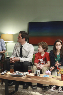 "MODERN FAMILY - In the second half of the hour, entitled ""When Good Kids Go Bad"" (9:30-10:00 p.m.), Mitch and Cam plan a nice evening with the whole family to break the happy news that they're looking to adopt another child. However their parade is rained on when they realize Lily may not take well to another baby in the house. Meanwhile, Claire and Jay are each consumed with proving a certain point. ""Modern Family"" returns for its third season with a special one-hour event on WEDNESDAY, SEPTEMBER 21 (9:00-10:00 p.m., ET) on the ABC Television Network. (ABC/RICHARD CARTWRIGHT)         ED O'NEILL, JULIE BOWEN, TY BURRELL, NOLAN GOULD, ARIEL WINTER, SARAH HYLAND"