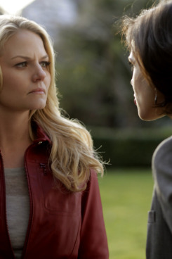 """ONCE UPON A TIME - """"Pilot"""" - In the premiere episode, """"Pilot,"""" not believing a word of Henry's story, Emma brings him back to Storybrooke, but finds herself drawn to this unusual boy and his strange New England town. Concerned for him, she decides to stay for a while, but soon comes to suspect that Storybrooke is more than it seems. It's a place where magic has been forgotten, but is still powerfully close...where fairytale characters are alive, even though they don't remember who they once were, and where the Evil Queen, known as Regina, is now Henry's foster mother. The epic battle for the future of all worlds is beginning, and for good to win, Emma will have to accept her destiny and fight like hell, on the premiere of """"Once Upon a Time,"""" SUNDAY, OCTOBER 23 (8:00-9:00 p.m., ET) on the ABC Television Network.  (ABC/JEFF PETRY)         JENNIFER MORRISON, LANA PARRILLA"""