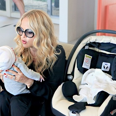 Skyler and Mommy Zoe.