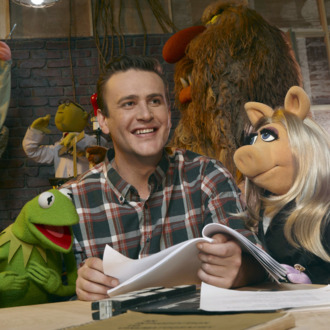THE MUPPETS - ?? The Muppets Studio, LLC (L-R) Kermit the Frog, Jason Segel and Miss Piggy Photograph by '?? Andrew Macpherson
